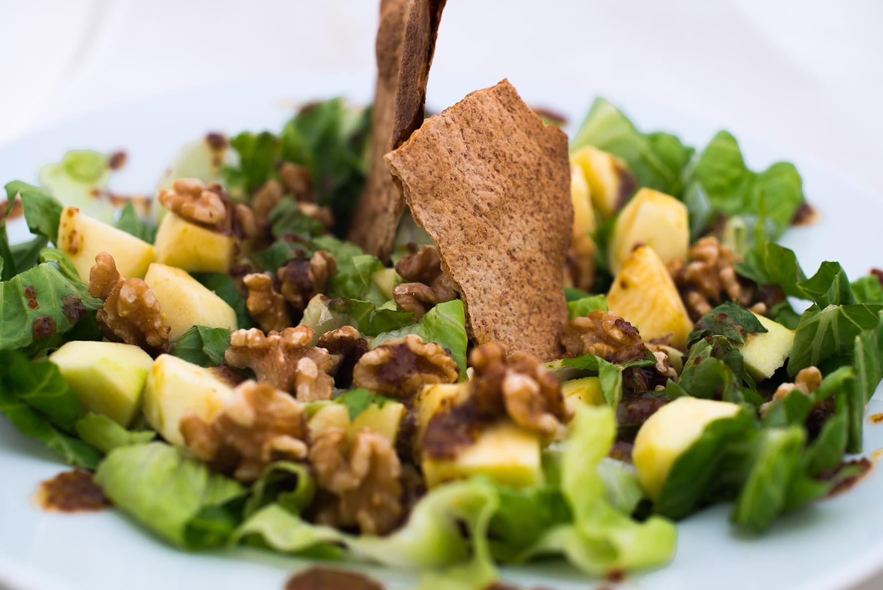 Walnut-and-apple-salad-recipe-salads