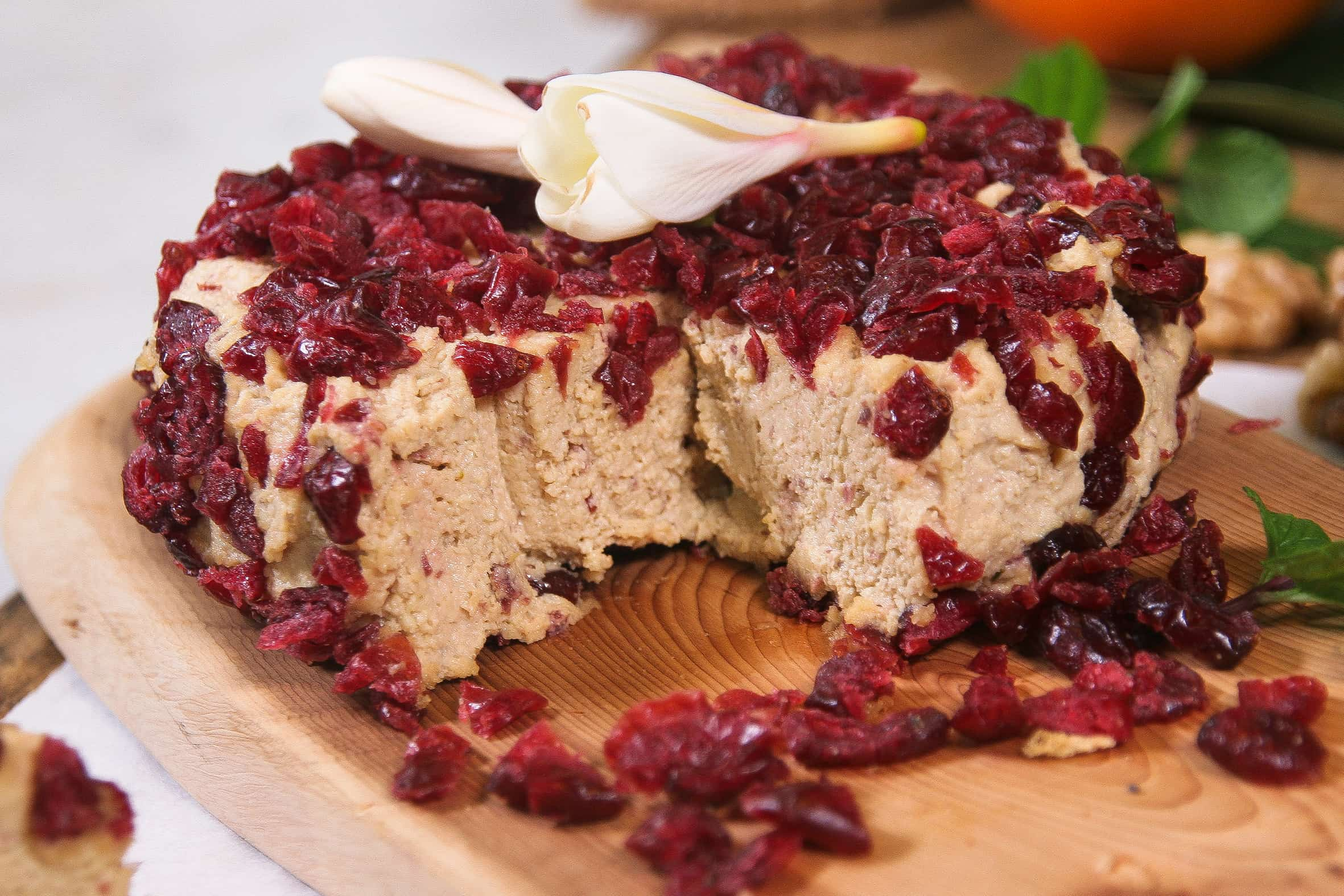 Cranberry-vegan-cheese-1