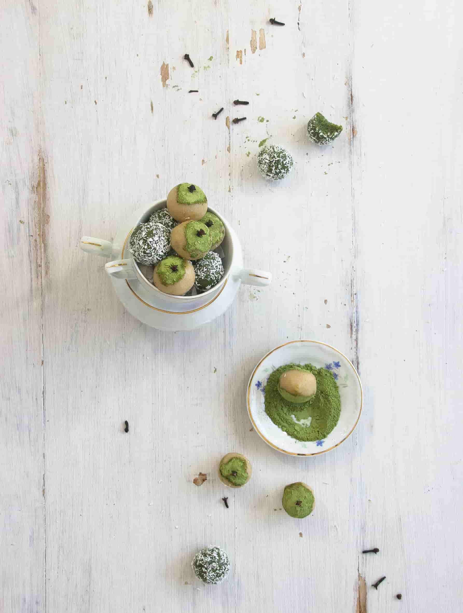 Amygdalota-matcha-almond-truffles-dessert-recipe