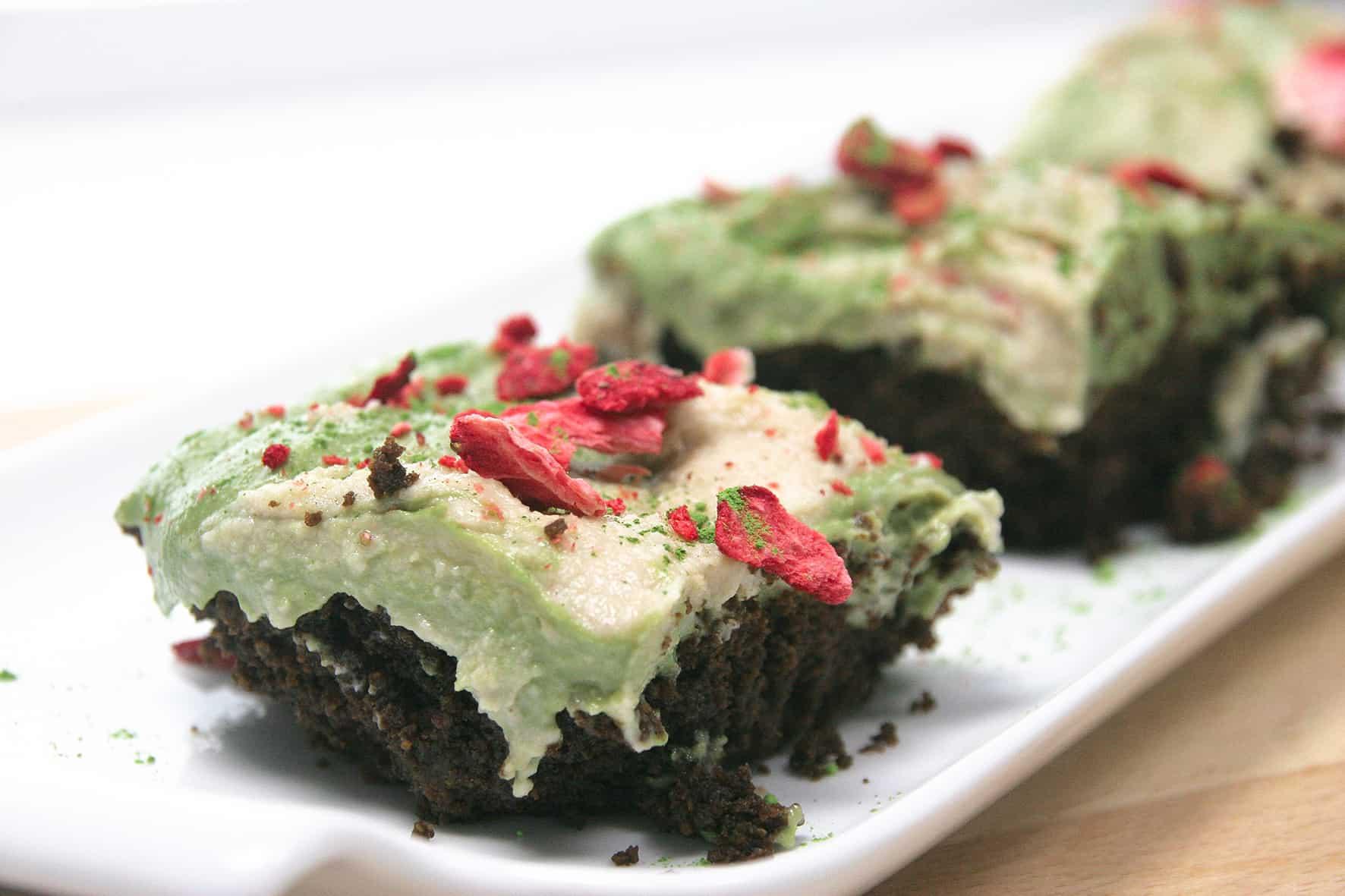 Gluten-free-chocolate-brownie-matcha-swirl-cream-cheese-frosting-2-recipe-dessert