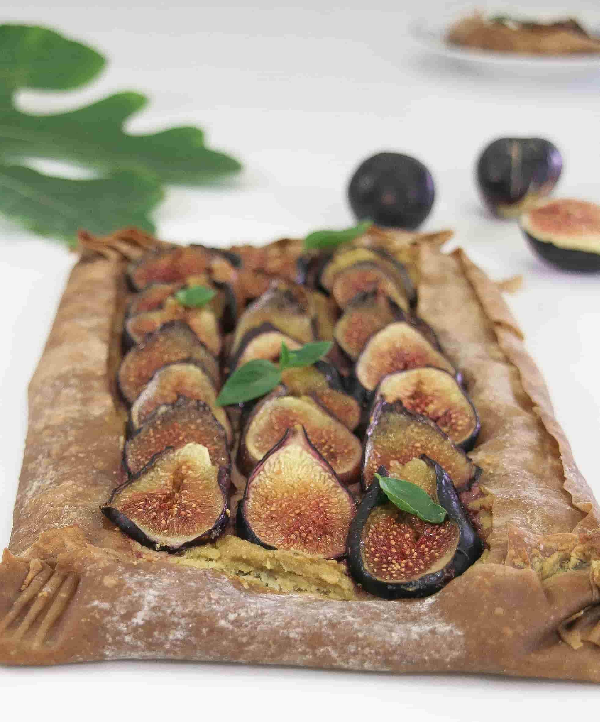 Fig-savoury-tart-vegan-cream-cheese-starters-sides-3