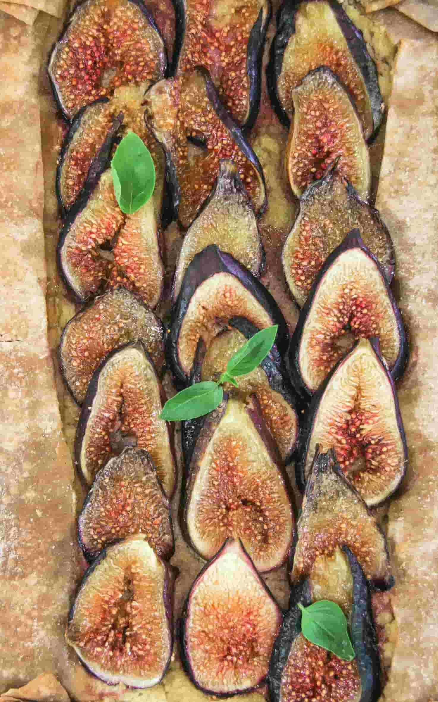 Fig-savoury-tart-vegan-cream-cheese-starters-sides-6