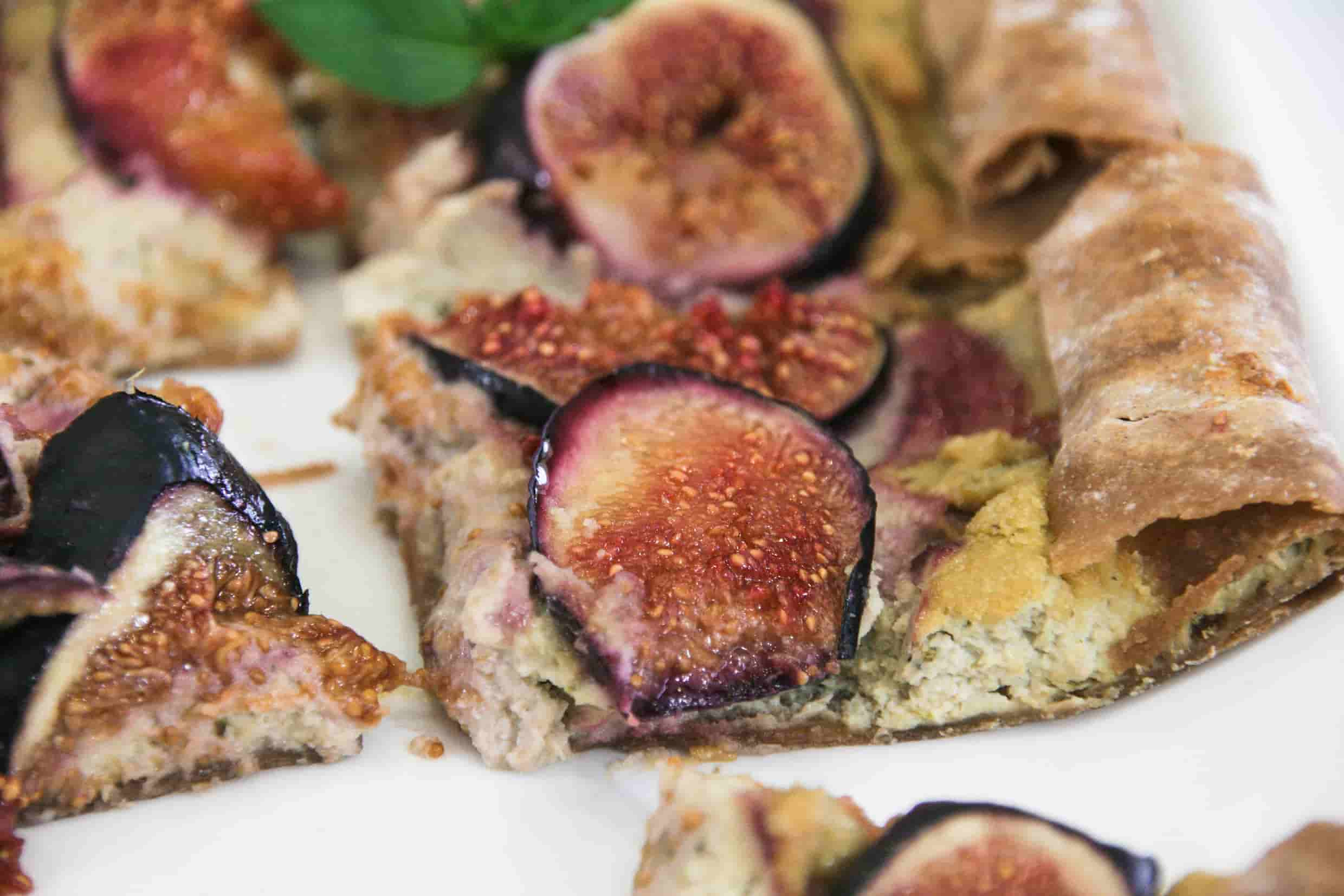 Fig-savoury-tart-vegan-cream-cheese-starters-sides-8