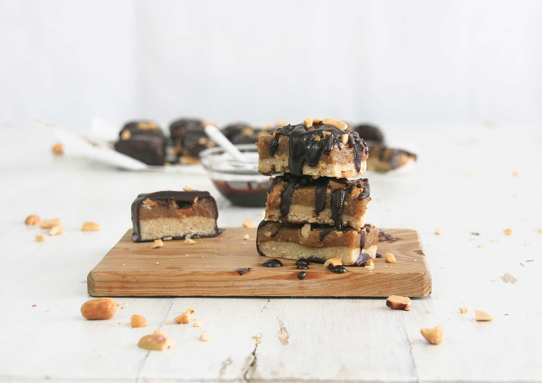 Healthy-peanut-caramel-bars-1-recipe-dessert